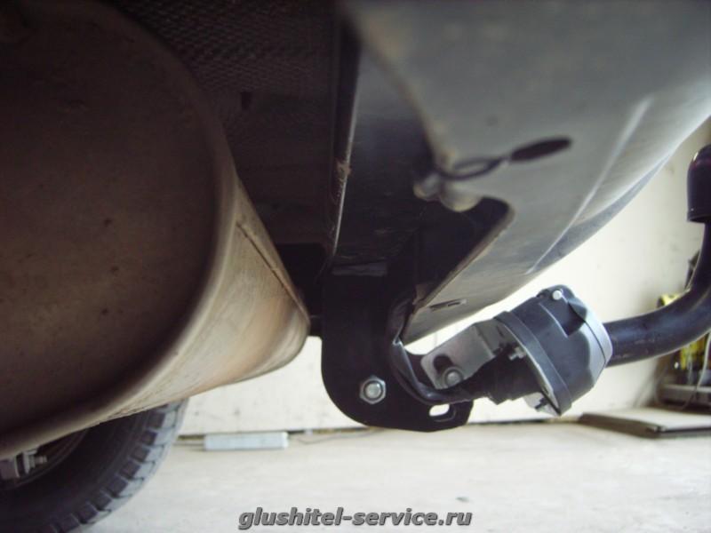фаркоп AvtoS NS-13 на Nissan Qashqai 2011