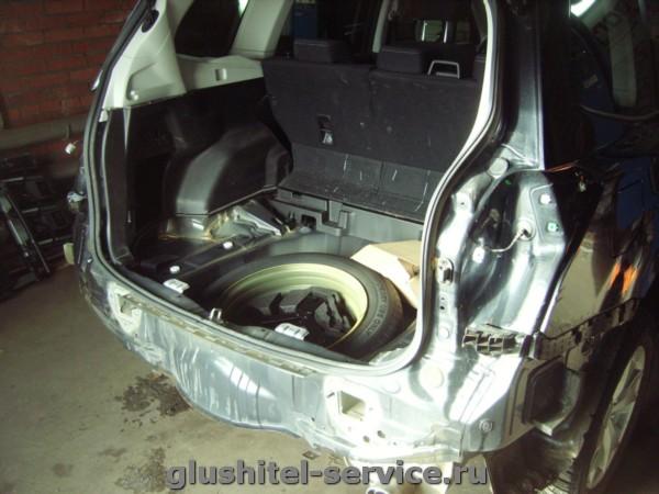 Установка фаркопа IMIOLA U.007 на Subaru Forester