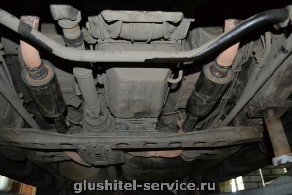 Замена катализаторов на пламегасители на Lexus LX 470